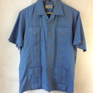 Cubavera Blue Short Sleeve Button Up Guyabera S